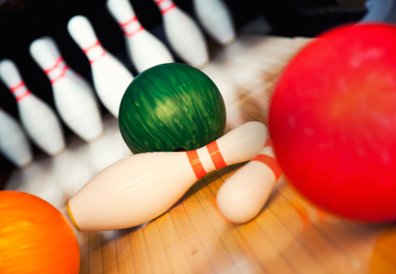 league bowling the lanes at coffee creek